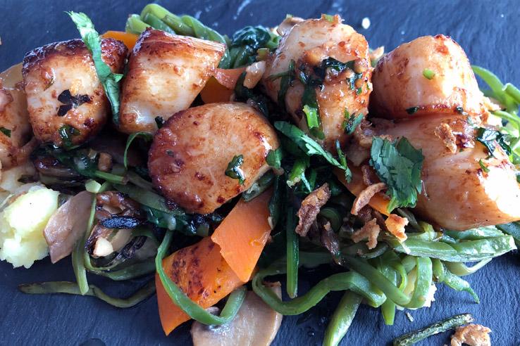 Sautéed fresh scallops